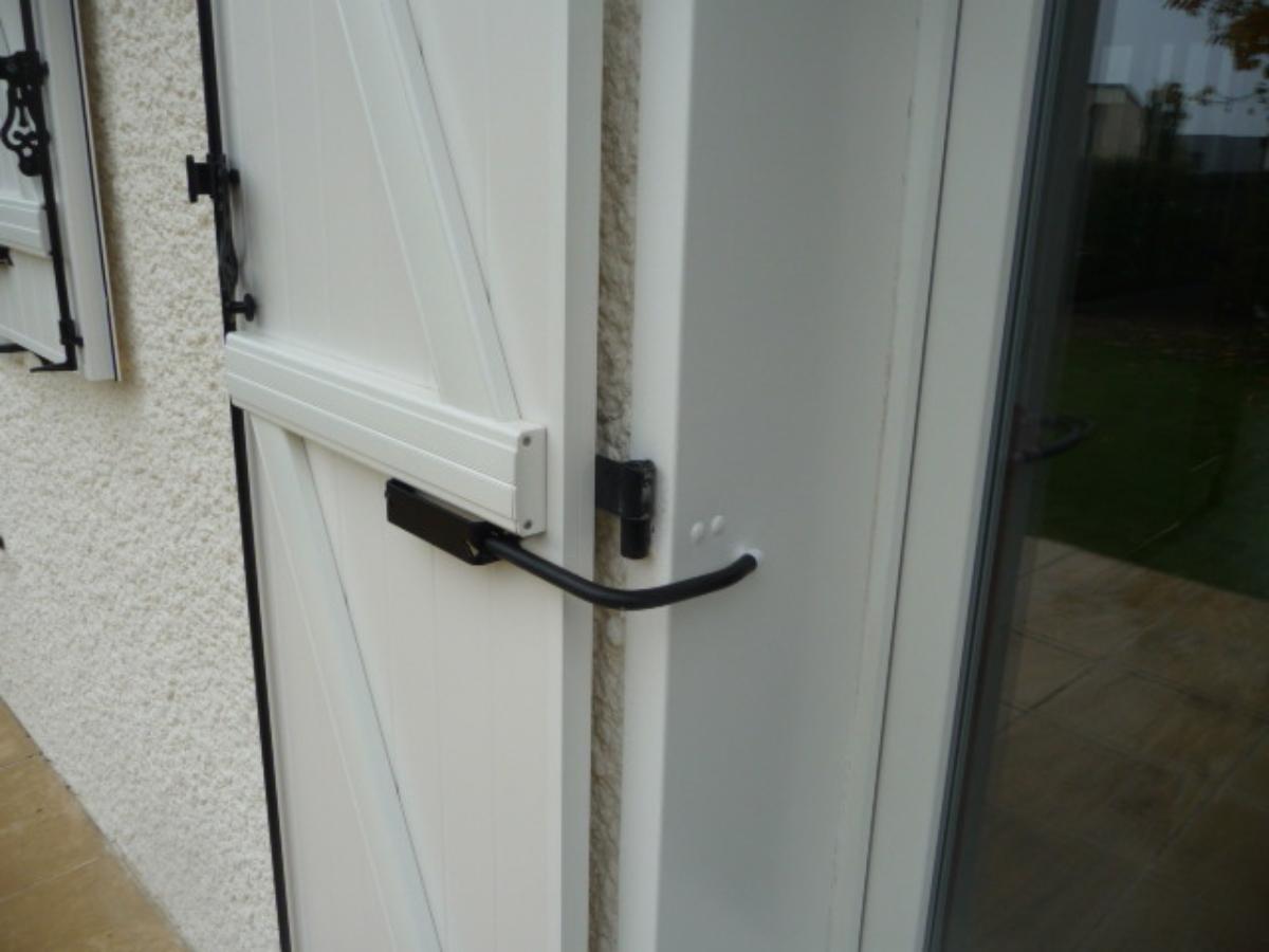 Bloque-volet standard sur Porte Fenêtre Bois